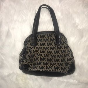 Michael Kors MK logo shoulder bag